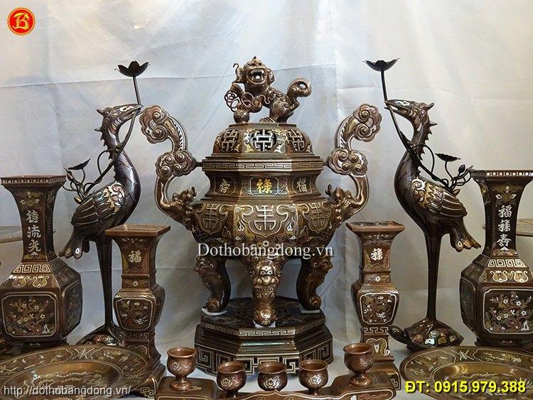 đồ thờ cúng đầy đủ bằng đồng
