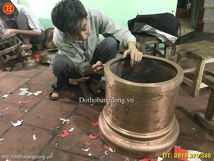 https://dothobangdong.vn/wp-content/uploads/2020/05/kham-bat-huong-dong.jpg