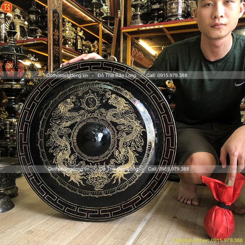 Chiêng Đồng Ám Hoa Văn Rồng Chầu đường kính 67cm