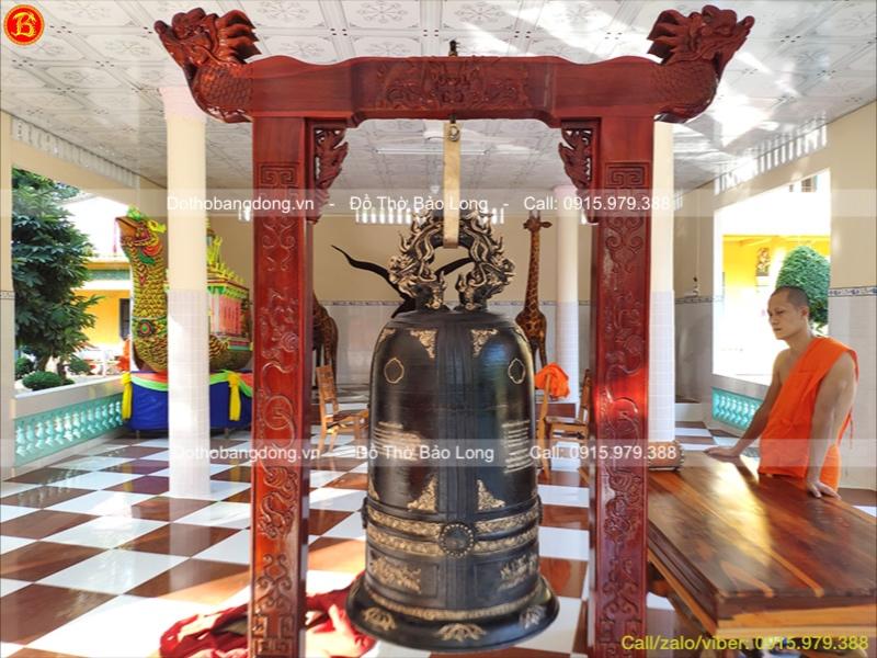 Đúc Chuông Đồng 300kg Cho Chùa Hang – Trà Vinh