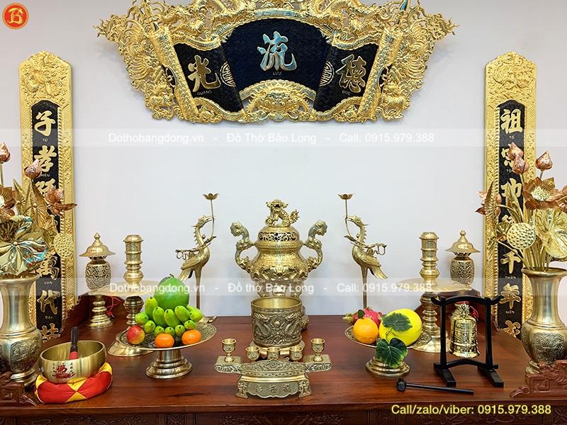 bàn thờ gia tiên sử dụng mấy bát hương