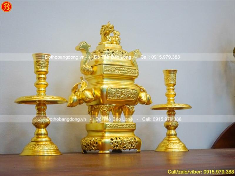 Tam Sự Đỉnh Vuông Dát Vàng Trái Đào 45cm