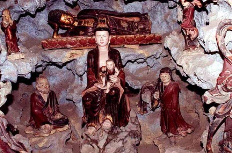 thờ quan âm tống tử cầu con cái