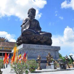 Quy trình đúc tượng Phật bằng đồng thanh khiết như thế nào?