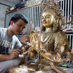 Cửa hàng bán tượng Phật bằng đồng đúc hoàn toàn thủ công uy tín giá rẻ
