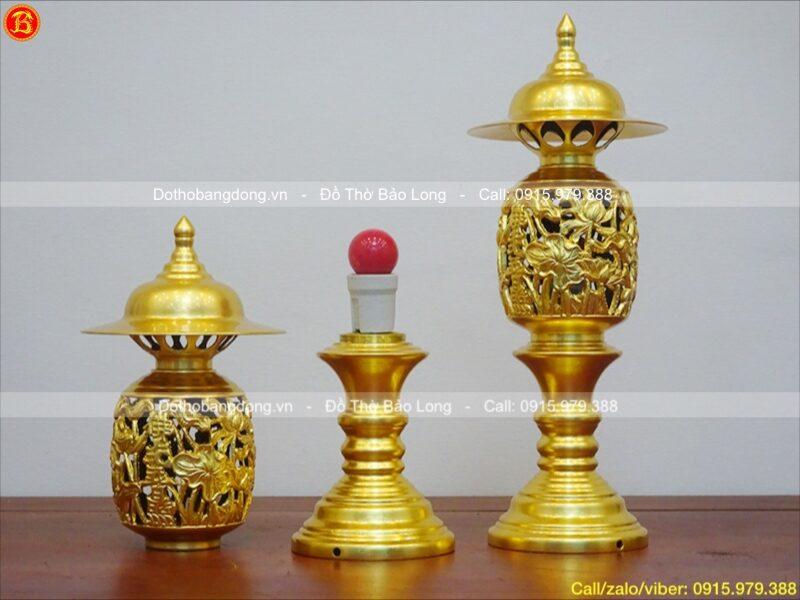 đôi đèn thờ quả dứa bằng đồng dát vàng