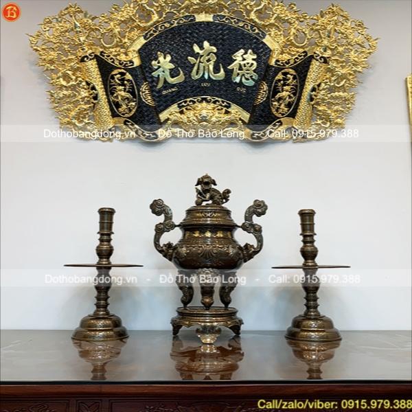 Bộ đỉnh nến khảm vàng 70cm chất liệu đồng Catut