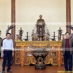 Bàn giao Tượng, Đồ thờ cúng, Tranh cho phòng thờ Bác Hồ