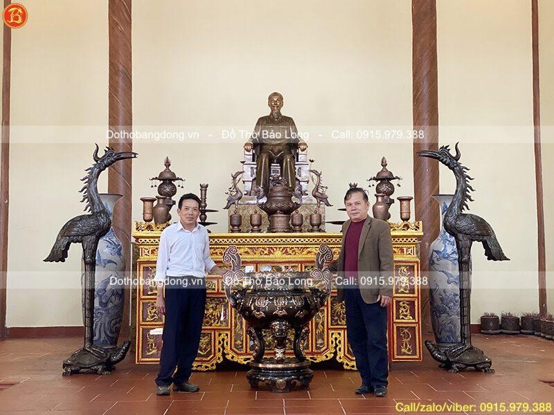 hoàn thiện phòng thờ bác hồ cho đền tượng niệm